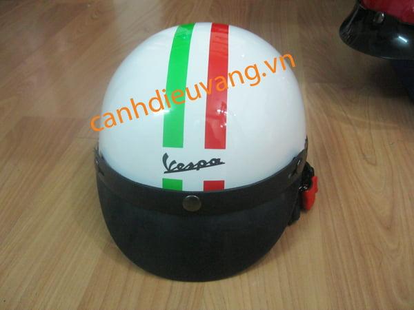 Mũ bảo hiểm 05