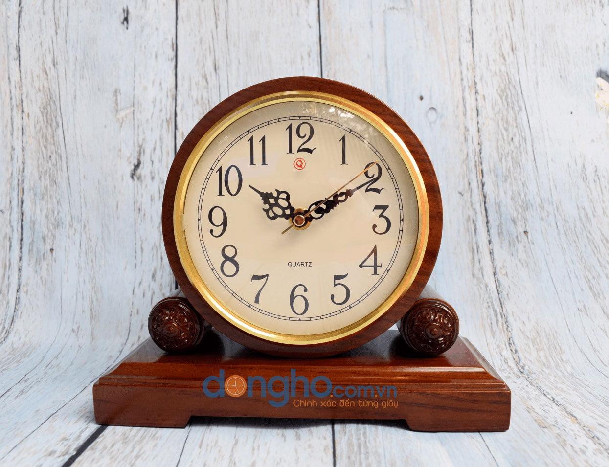Đồng hồ để bàn gỗ HM18