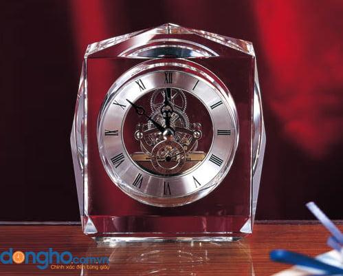 Đồng hồ pha lê để bàn 02