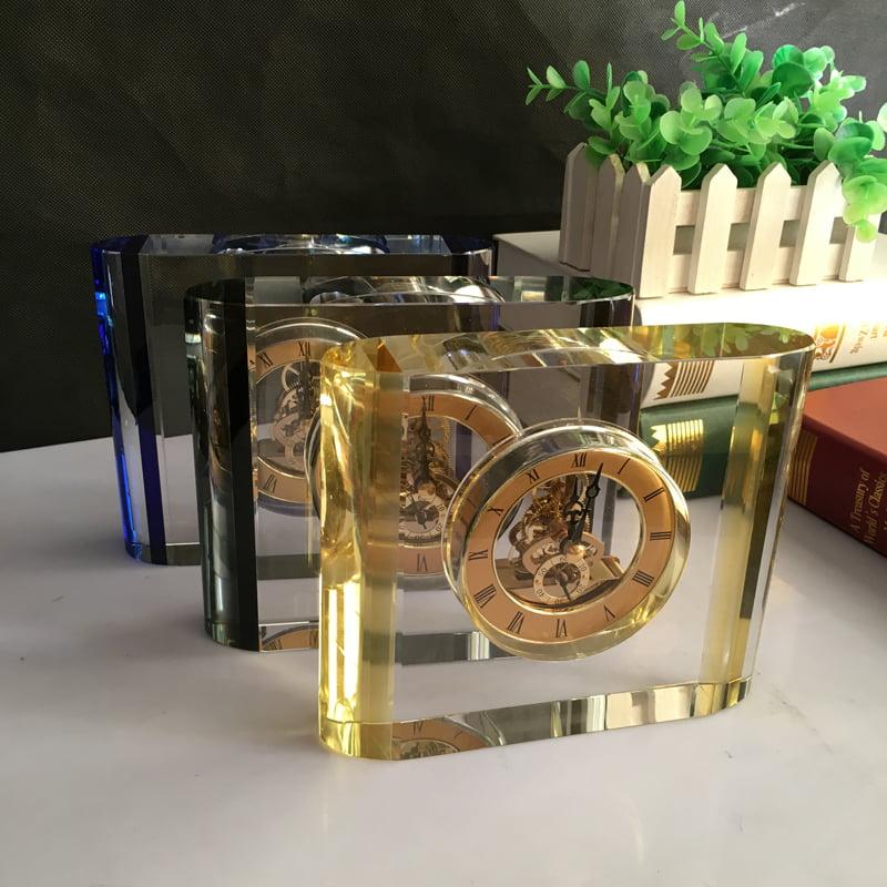 Đồng hồ pha lê để bàn 10