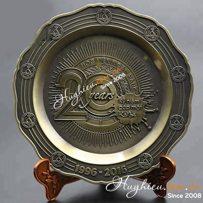 Kỷ niệm chương đĩa đồng 19