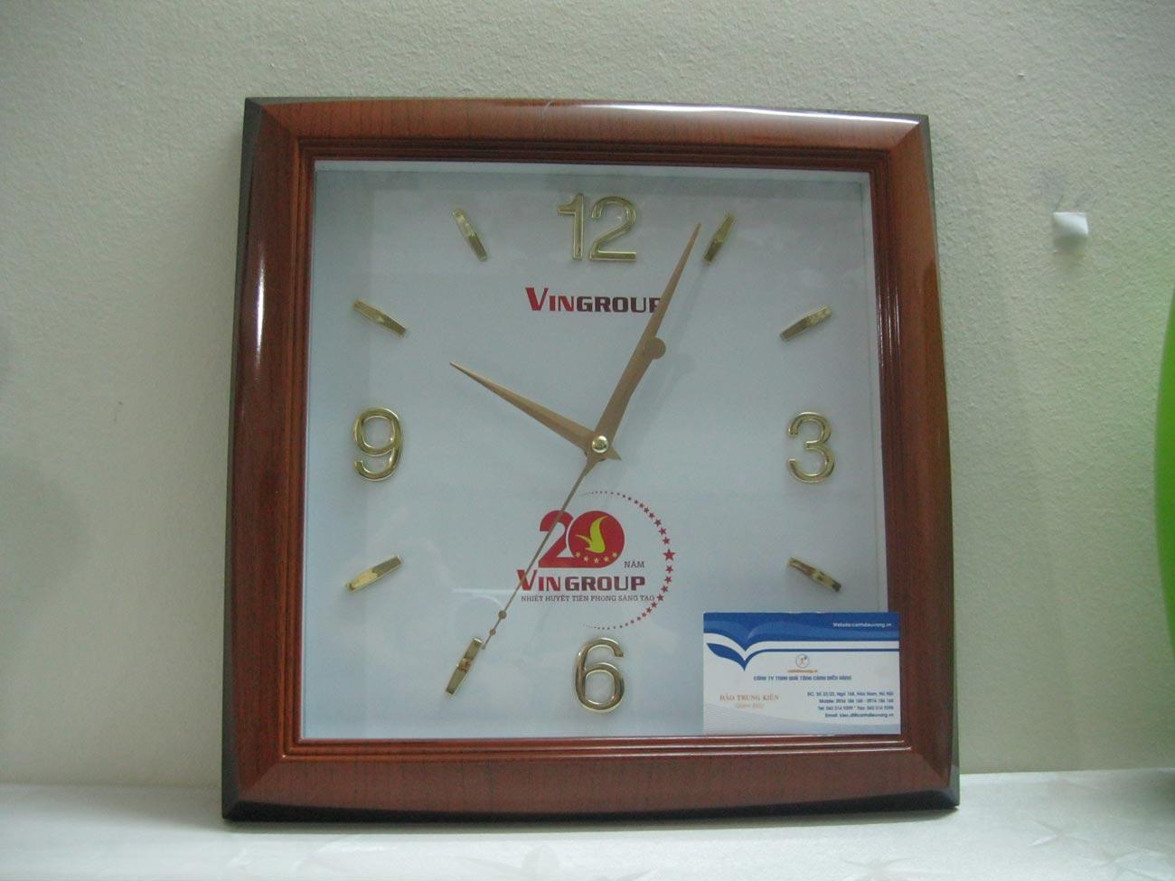 Đồng hồ treo tường K117