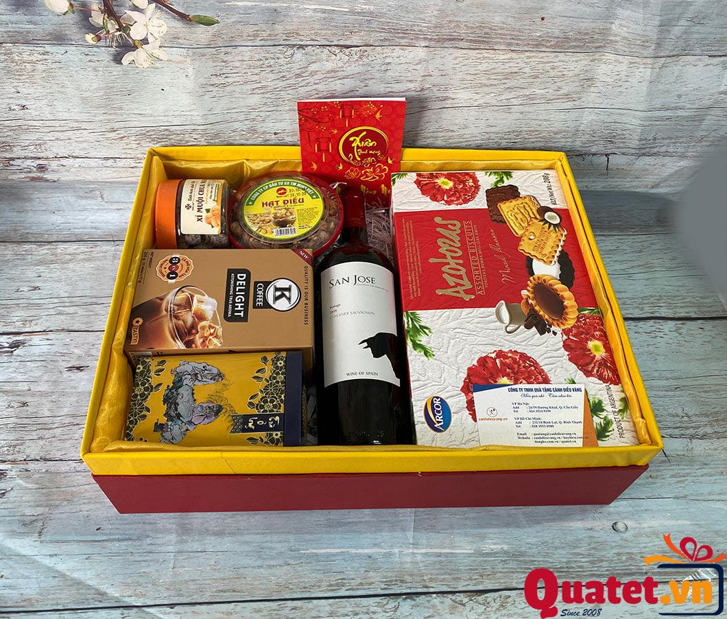 Hộp quà tết QT890