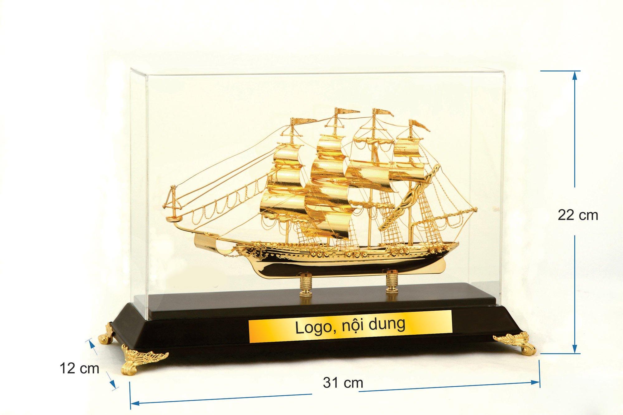 Thuyền buồm mạ vàng  05