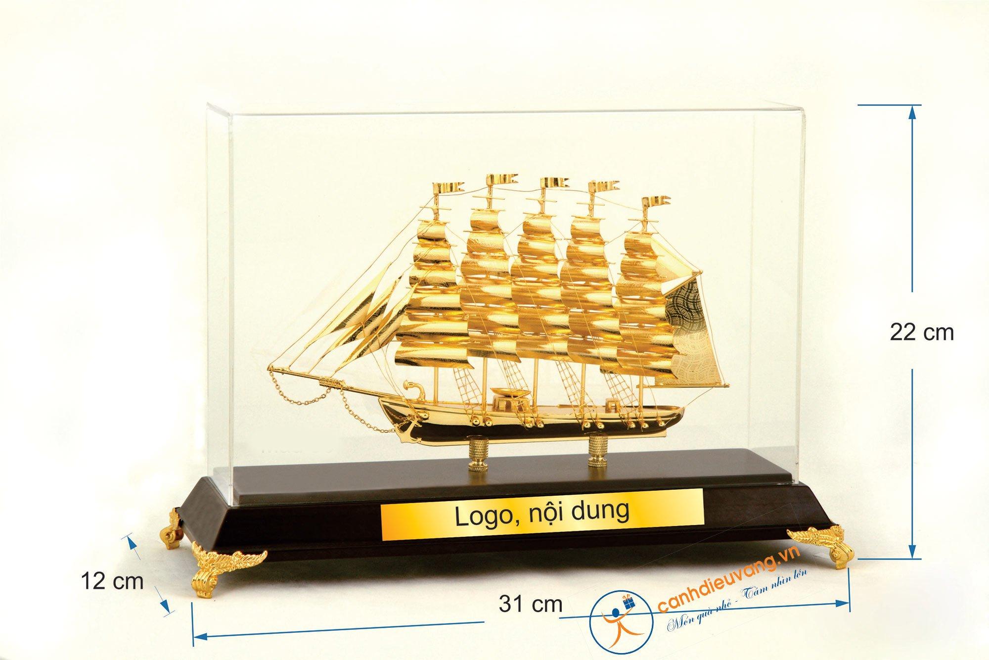 Thuyền buồm mạ vàng  06