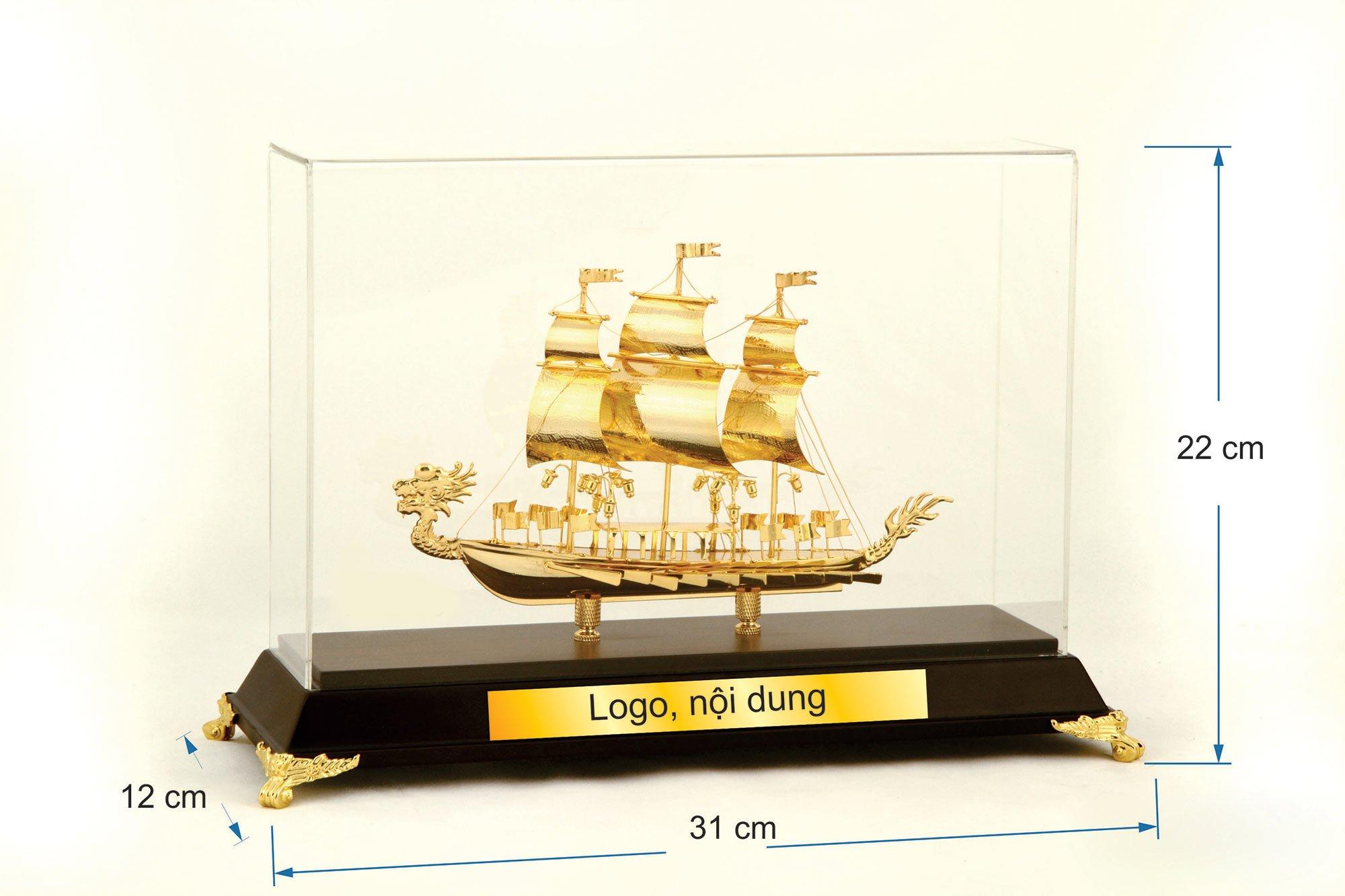 Thuyền buồm mạ vàng  08