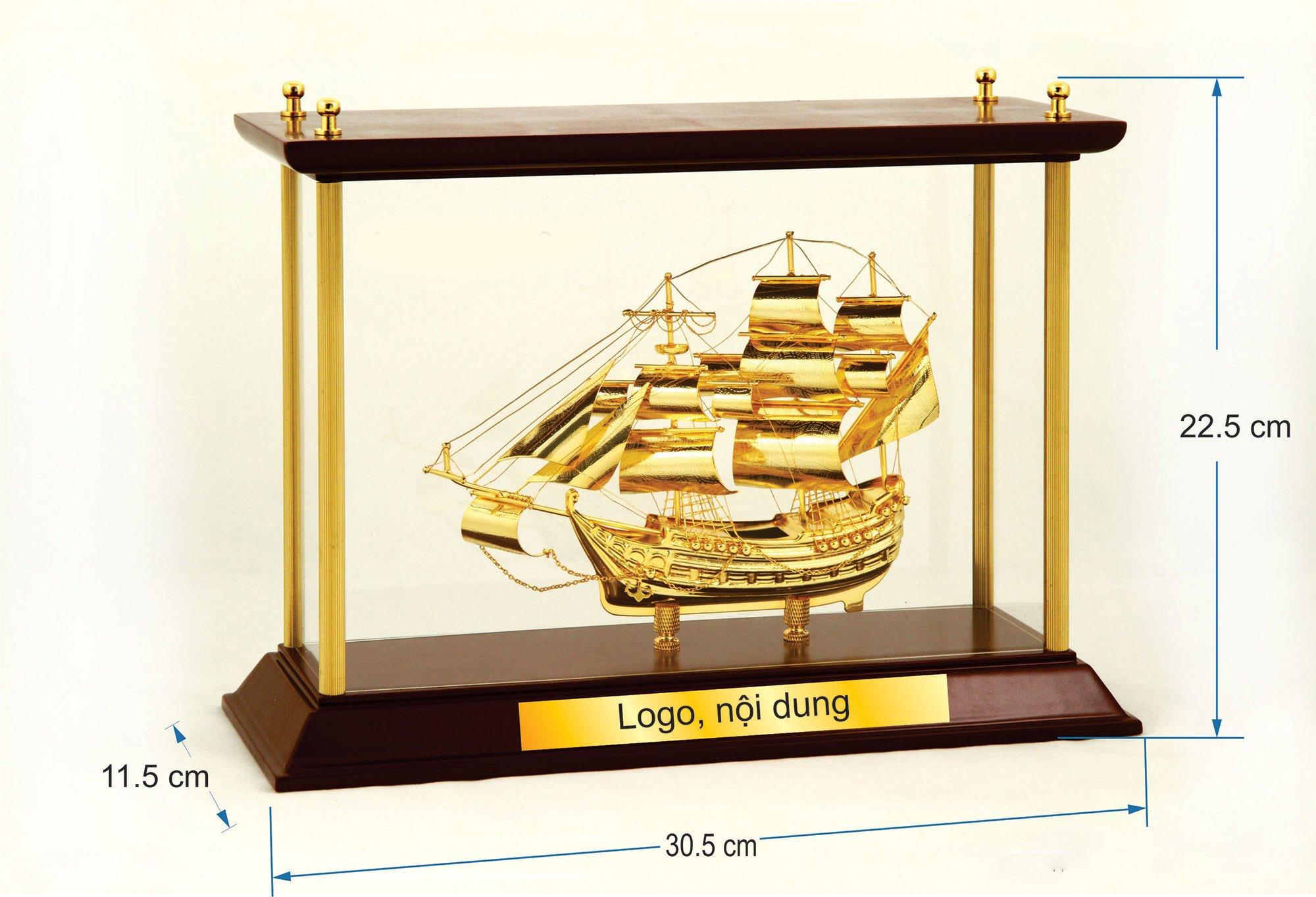 Thuyền buồm mạ vàng  WB092